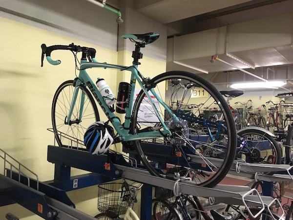 会社に自転車で行ってみた。もう当面、市街地はいいや。