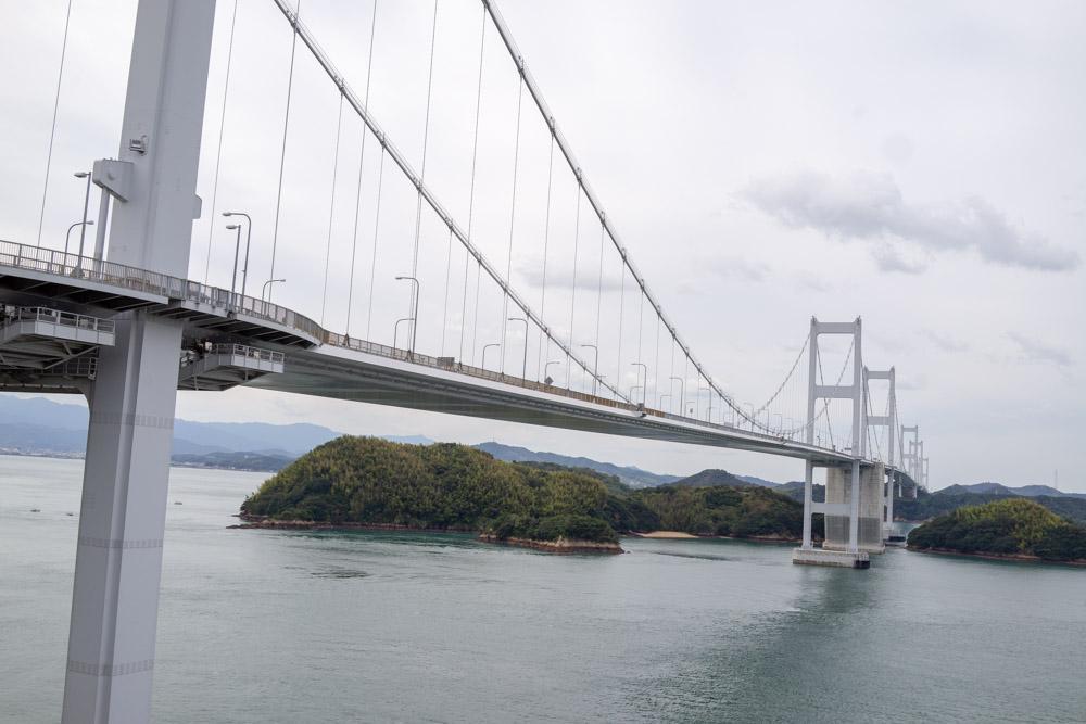 来島海峡大橋を下りる